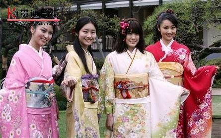 日本美少女集体和服亮相――贯通日本时尚频道