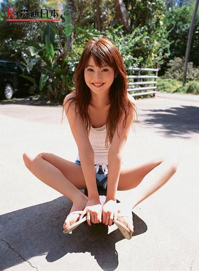 日本名模佐佐木希年历销量第一——贯通日本时尚频道