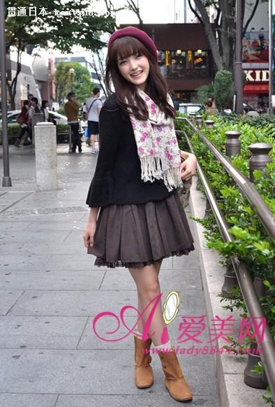 温馨的日本街拍美女――贯通日本时尚频道
