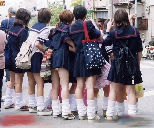 日本女生校服的诱惑――贯通日本时尚频道