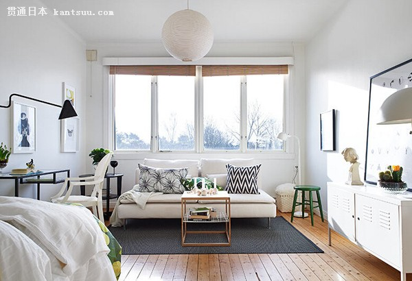 現代小戶型大窗戶客廳裝修效果圖