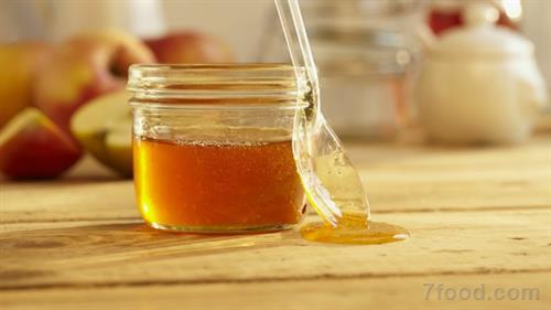 蜂蜜是营养滋补佳品 春季喝点蜂蜜效果好