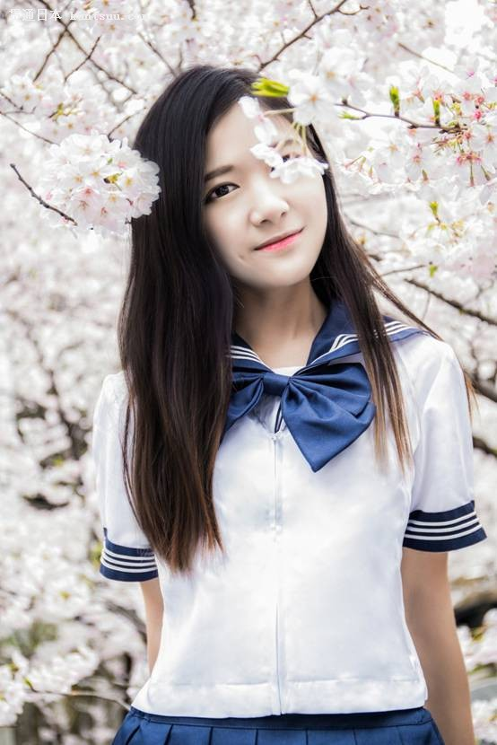 Astro12梨涡少女蒋晨晨获封日本最美樱花少女