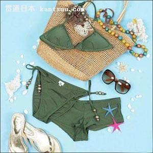 泳装+遮阳帽 今夏最流行的沙滩搭配法