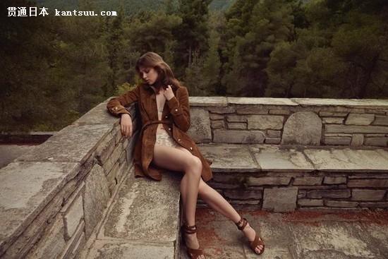 超模Anais Pouliot演绎夏日清凉时尚大片