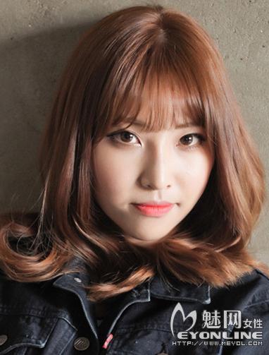 韩式女生空气刘海发型 时尚甜美首选发型