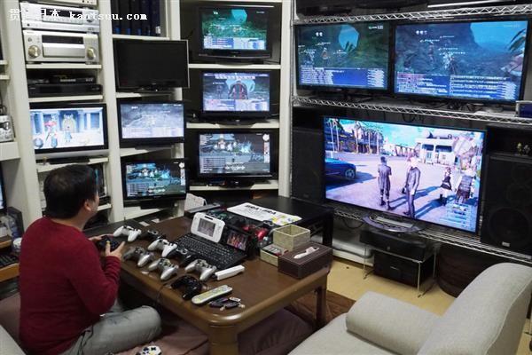 宅男之王!日本男子活在游戏天国 房间叹为观止