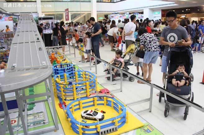 日本玩具小汽车南台湾唯一1场展售会,掀起粉丝排队风潮